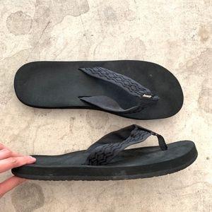 Reef Slip-on Thong Beach Flip-Flops Sandals